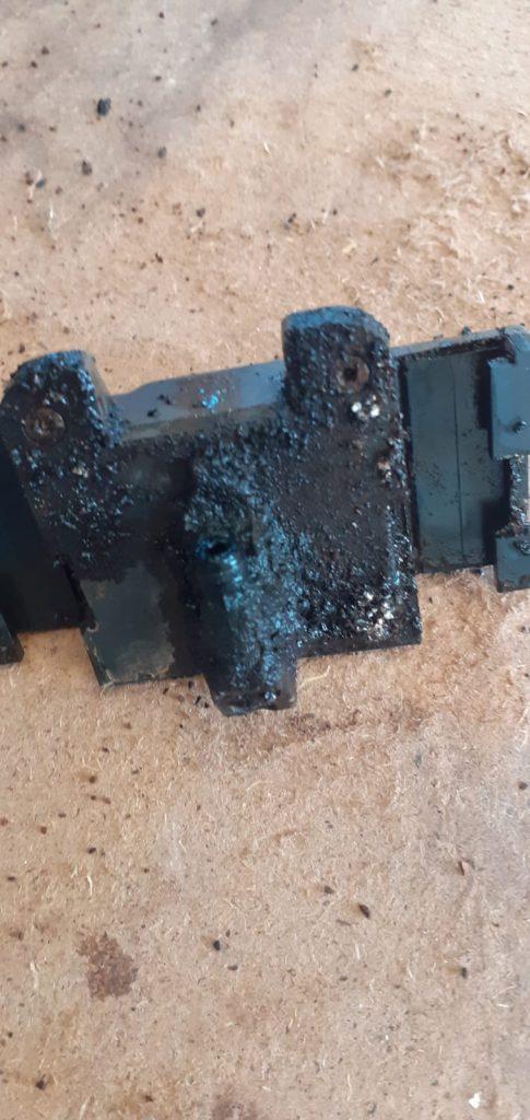 jura repair London drainage-valve-before